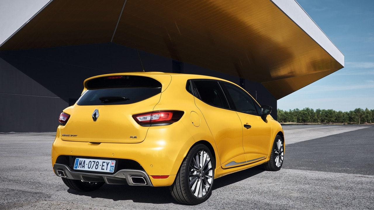 Renault Clio RS refreshed and updated with 220 hp in Trophy