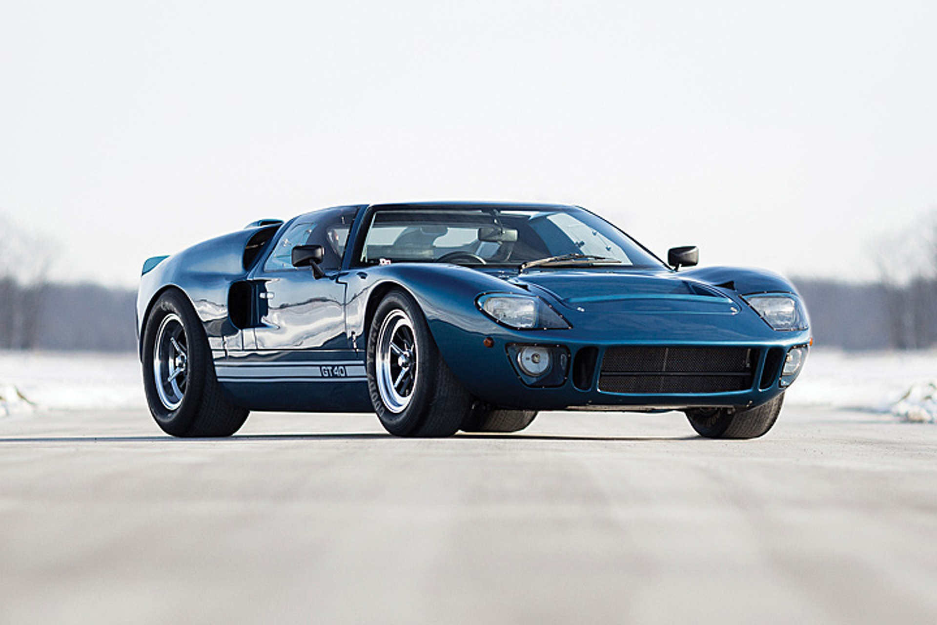 this ford gt40 kept the breed alive into the  u201890s