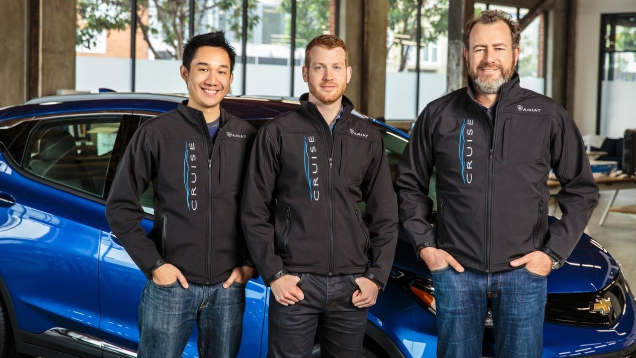 General Motors President Dan Ammann (right) with Cruise Automation co-founders Kyle Vogt (center) and Daniel Kan (left)