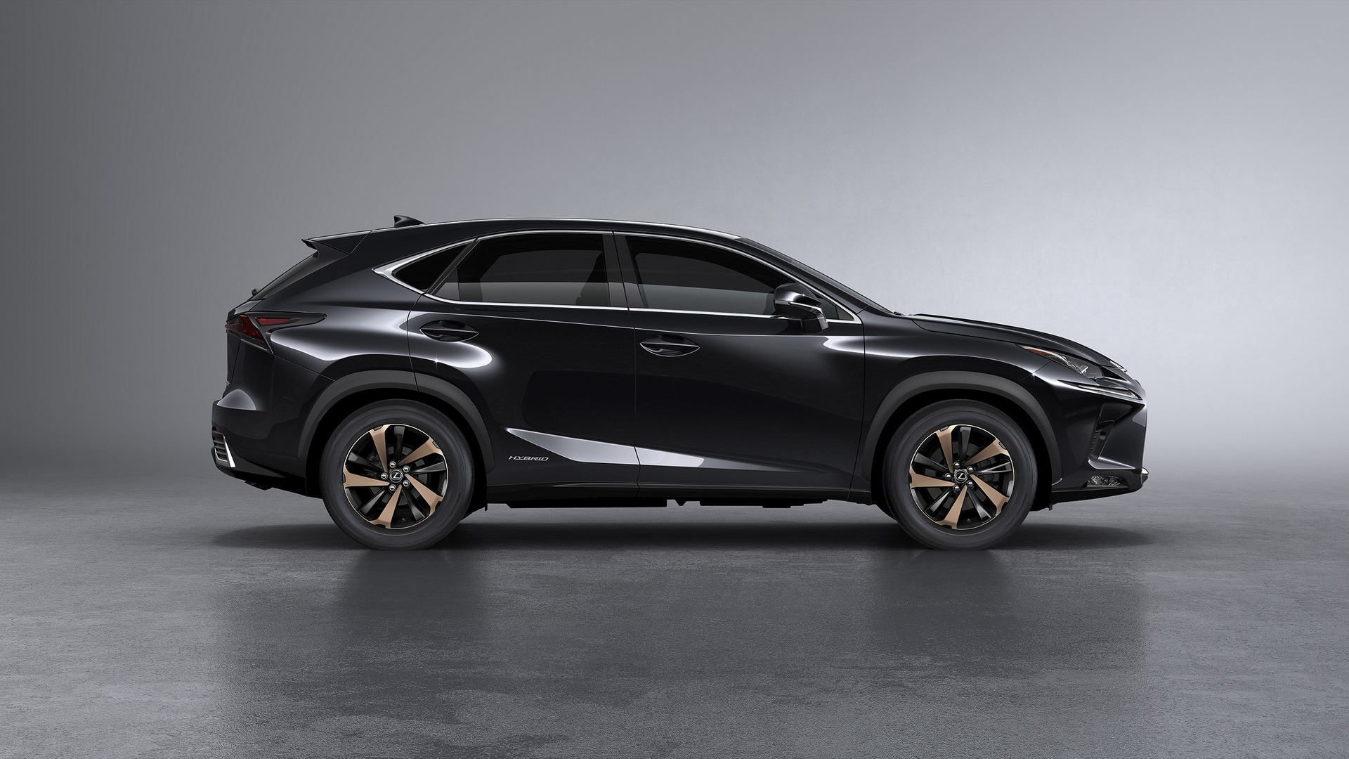 Lexus Nx Hybrid >> 2018 Lexus Nx Debuts New Look And Enhanced Handling