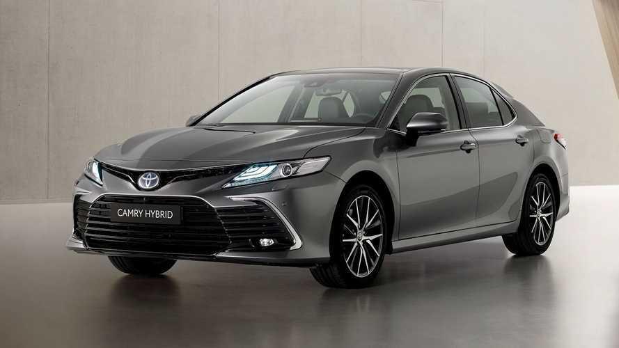 Toyota Camry 2021 híbrido ganha retoque visual e novos itens de tecnologia