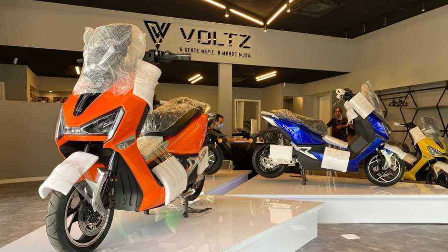 Scooter elétrico nacional com até 180 km de autonomia terá entregas em março
