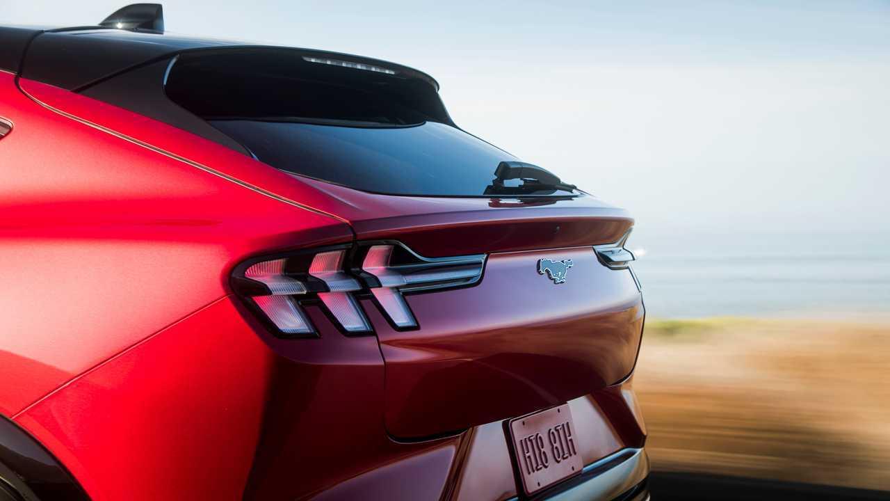 Первый тест Ford Mustang Mach-E