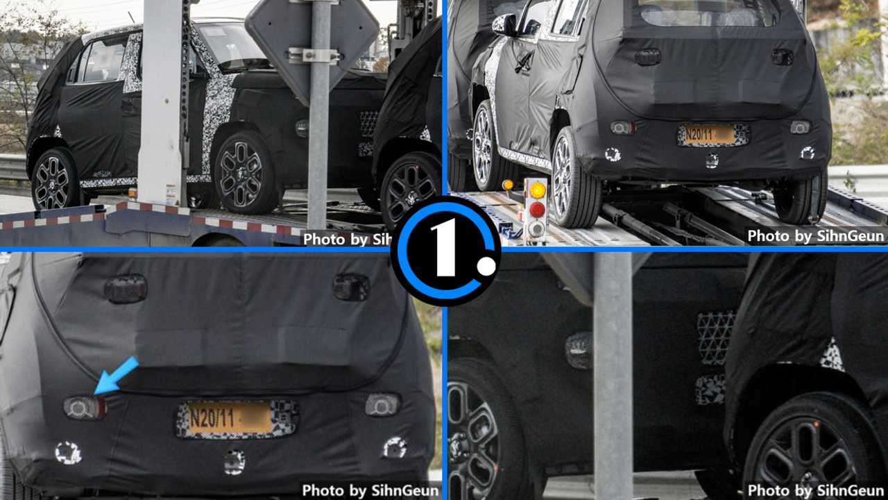 Hyundai 'AX1' spy photo