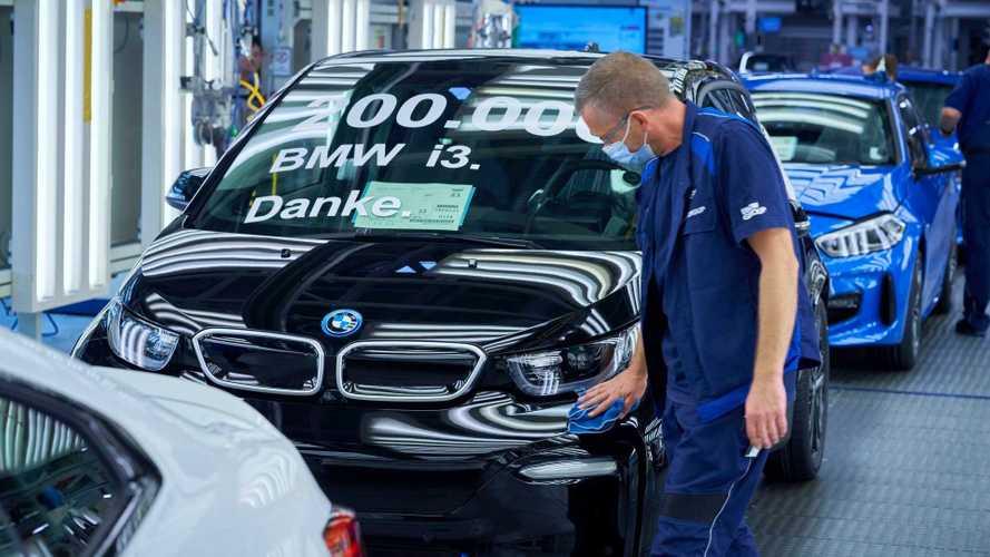 Lançado no Brasil em 2014, elétrico BMW i3 chega a 200.000 unidades produzidas