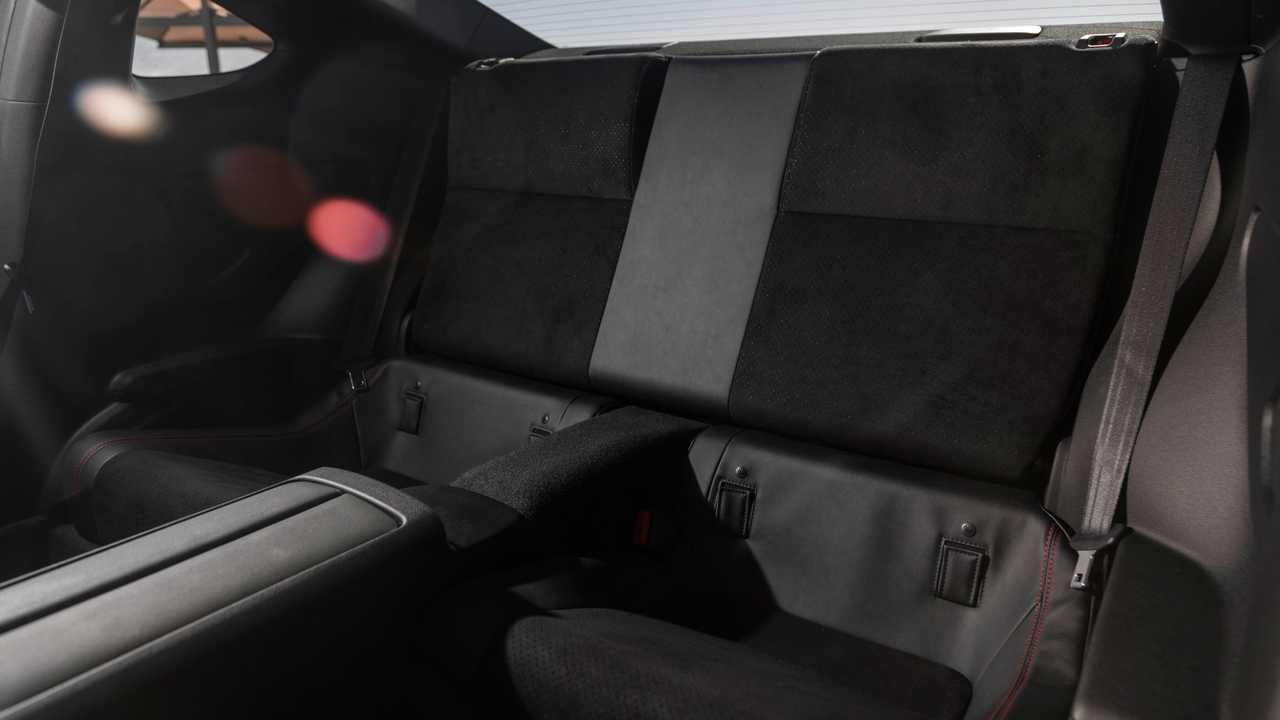 [Image: 2022-subaru-brz-interior-rear-seats.jpg]