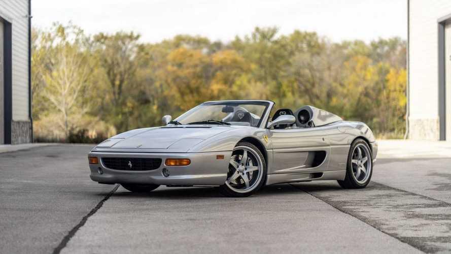 Посмотрите на уникальный Ferrari Шакила О'Нила – его можно купить
