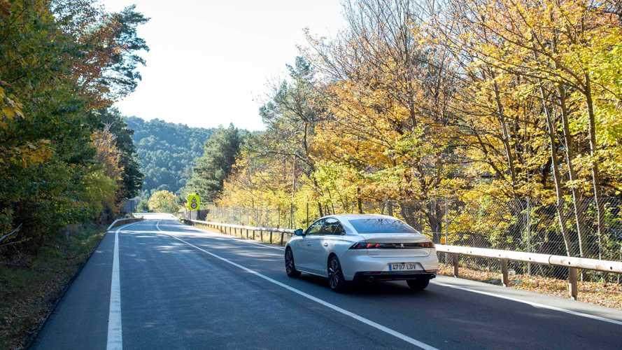 Conducimos el Peugeot 508 HYbrid 2020, la berlina para el día a día