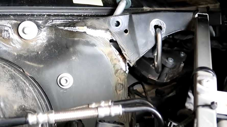 Audi R8 Cracked Frame Fixed For $500 Despite $30k Repair Quote