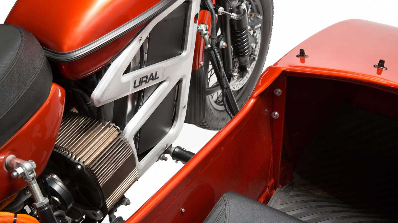 Electric Ural cT