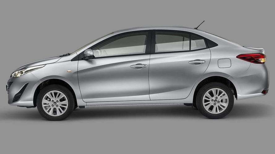 Semana Motor1.com: Mercado prejudicado pela greve, Yaris Sedan, C4 Cactus, planos FCA...