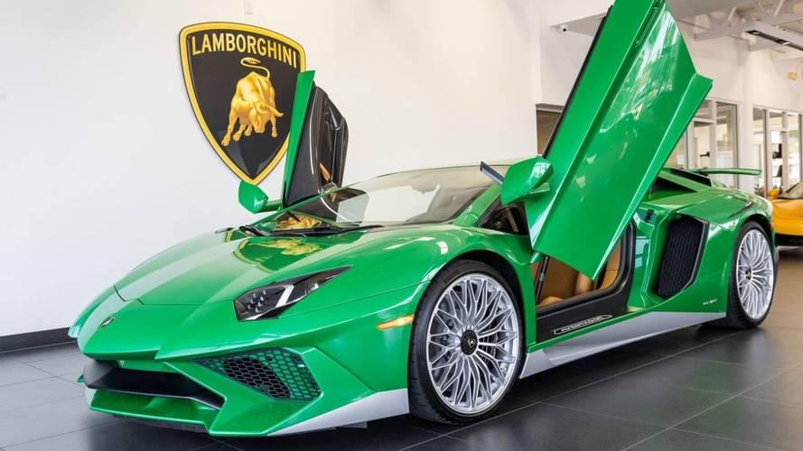 Különleges Aventador készült a Lamborghini Miura tiszteletére