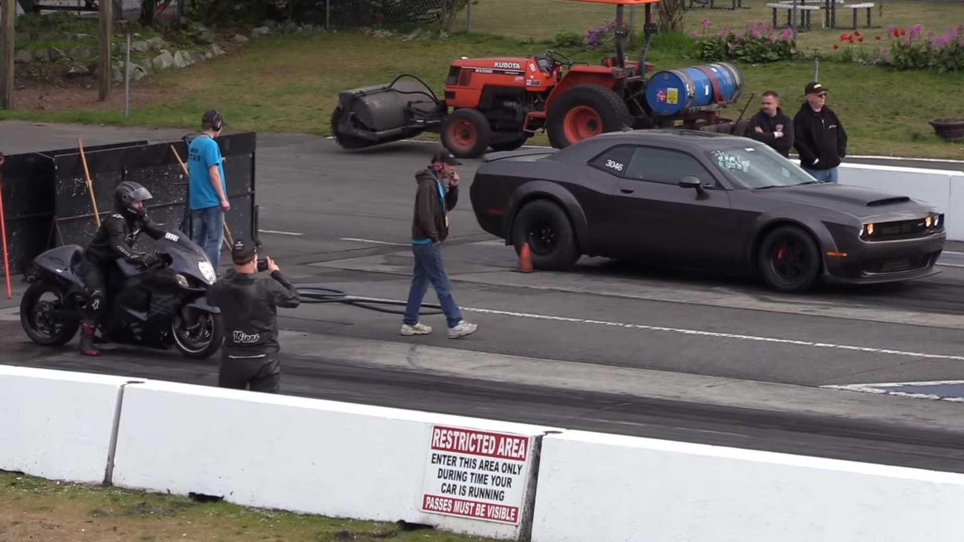 Dodge Demon Drag Races Suzuki Hayabusa
