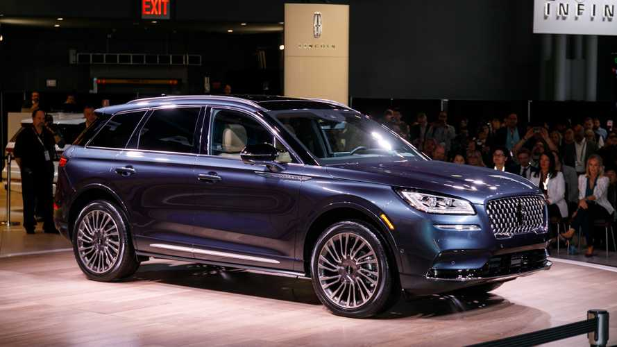 2020 Lincoln Corsair Makes NY Debut As Brand's Smallest Crossover