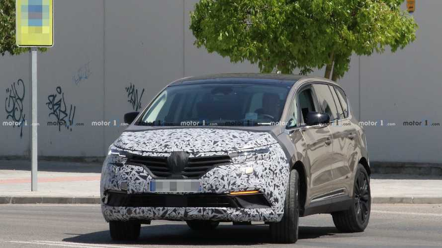 Renault Espace facelift new spy photos