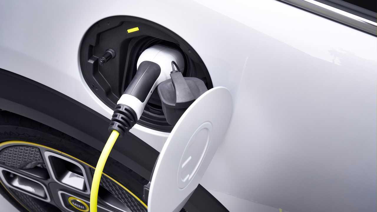 Quanto costa ricaricare un'auto elettrica