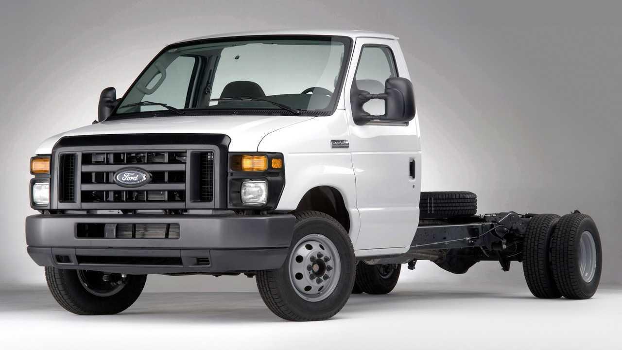 Ford Serie-E