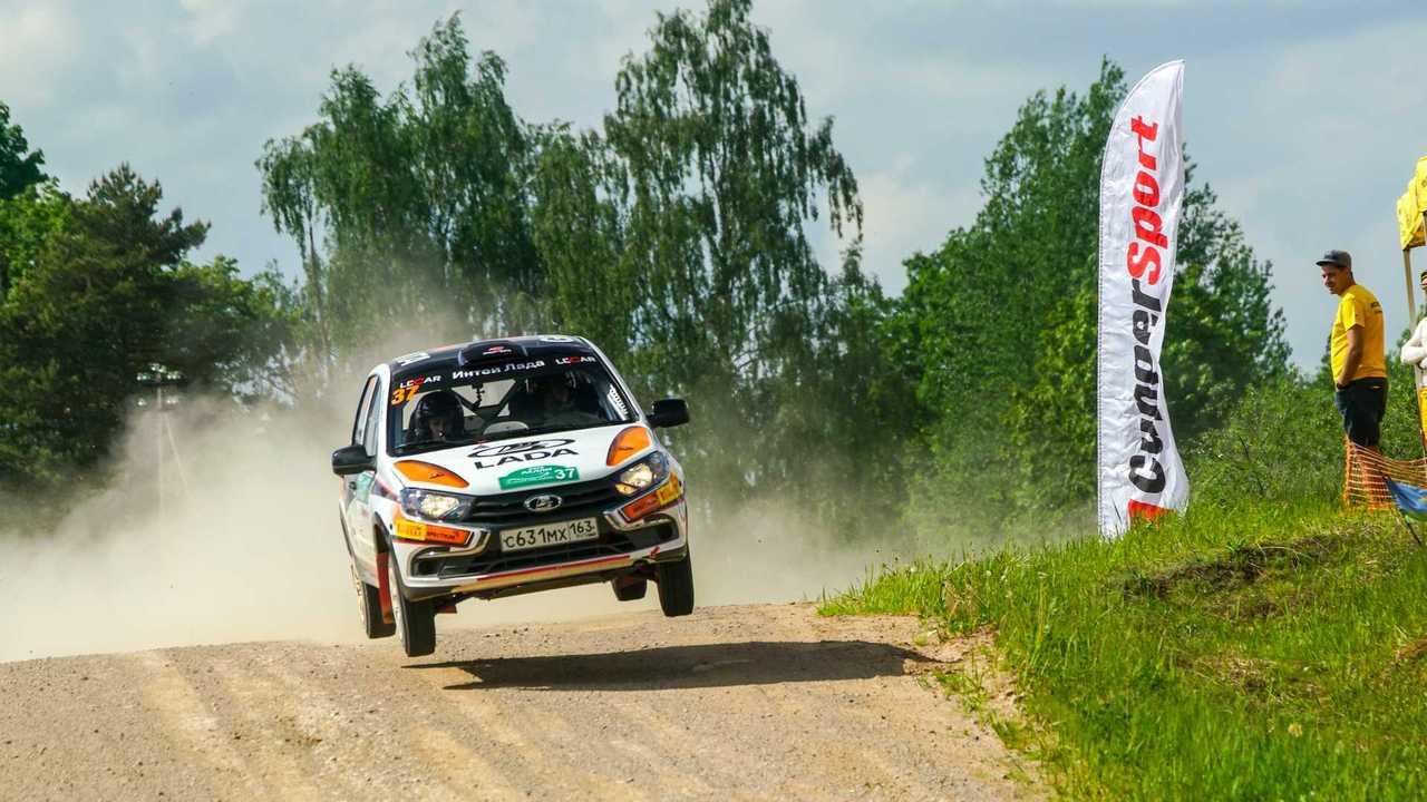 Lada Granta R1 rally