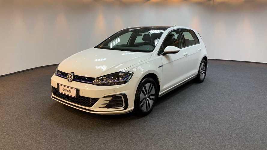 VW enfim confirma Golf GTE no Brasil este ano; veja como anda