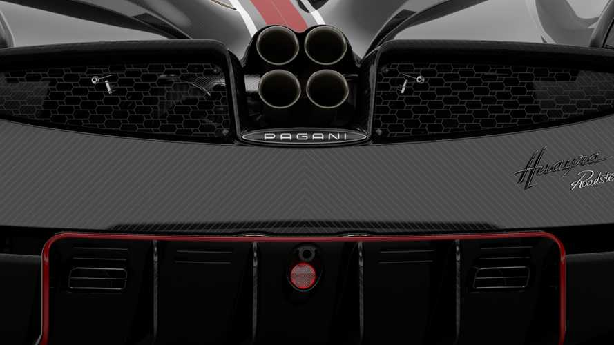 Pagani Huayra Roadster BC shows its six exhaust tips on camera