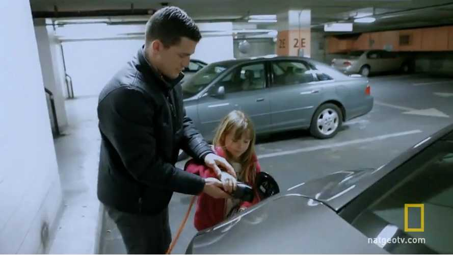 Best Fisker Karma Pitchmen?  Boston Bruin Defencemen and Daughter (cute video)