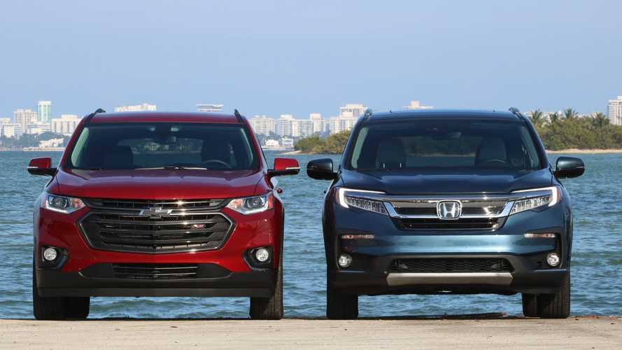 2019 Chevrolet Traverse vs. 2019 Honda Pilot Comparison: Three Cheers For Three Rows