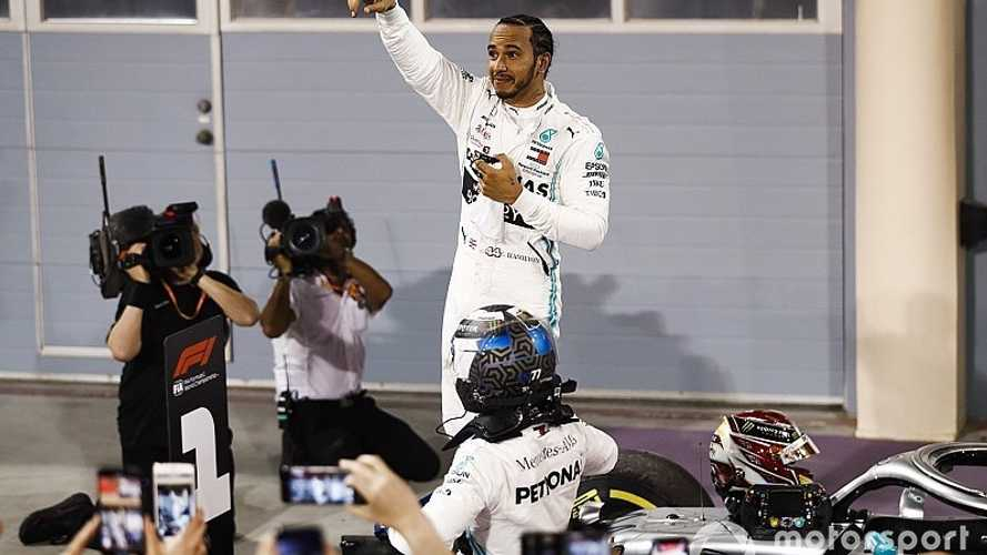 El drama visita a Ferrari y sonríe a Hamilton, que gana en Bahrein