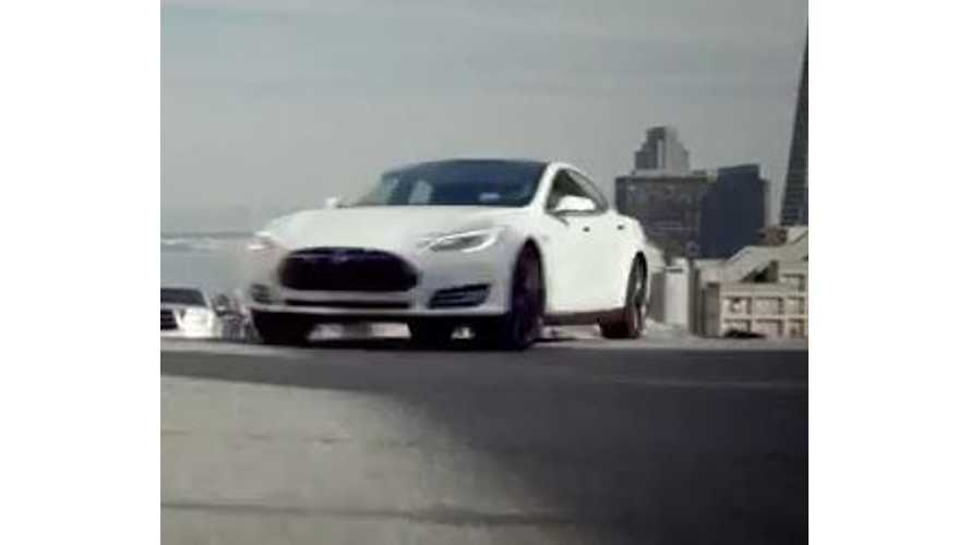 Video: Tesla Model S Tears Up the Pavement in