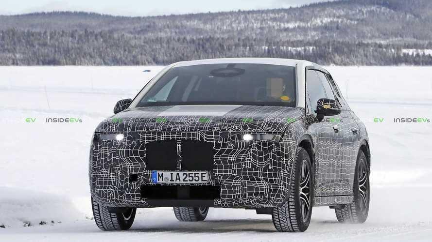 BMW iNEXT, le foto spia sulla neve