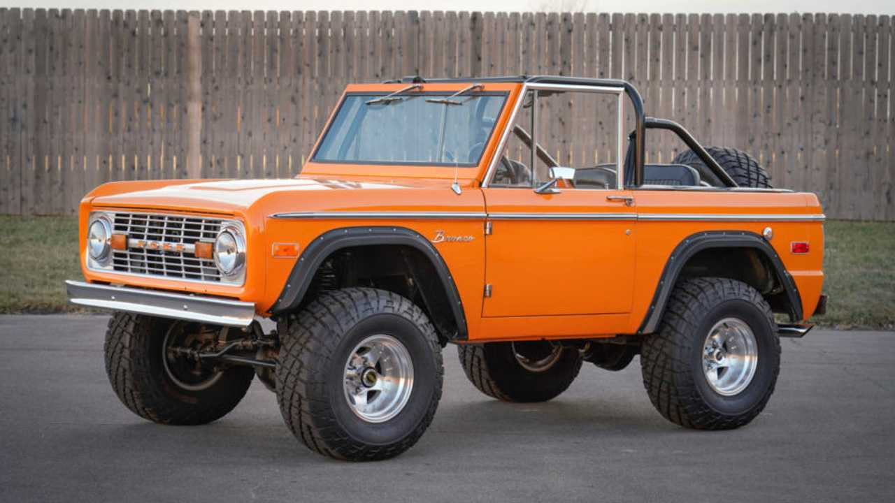 1971 Ford Bronco – current bid at $35,000