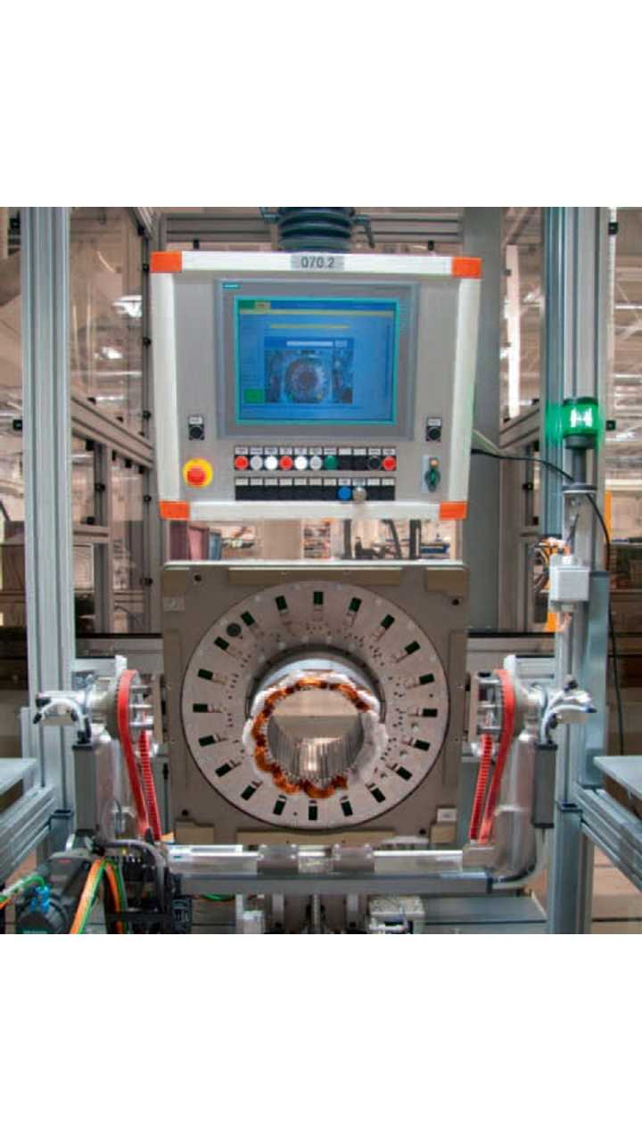 The electric drives for the e-up! are produced in the Kassel Baunatal plant. A new electric motor and transmission assembly has been specially created in the transmission plant.