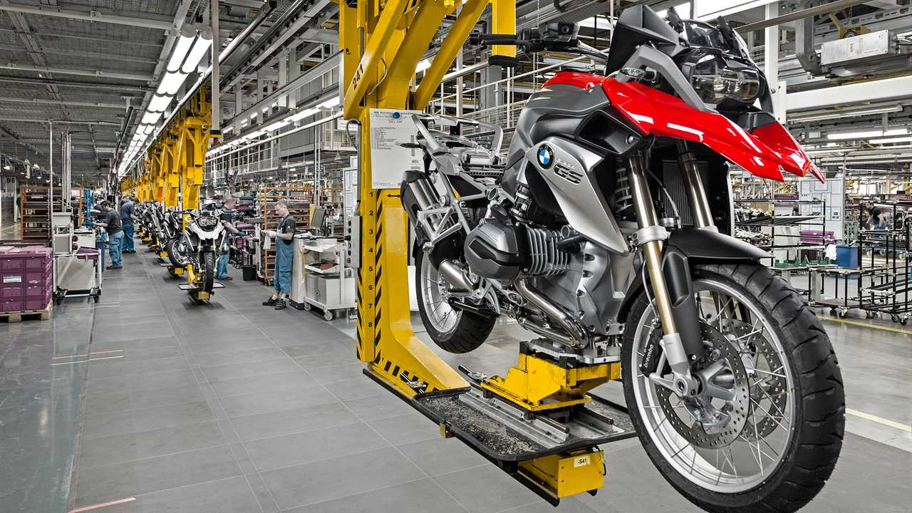 BMW Factory Production Stopped Coronavirus
