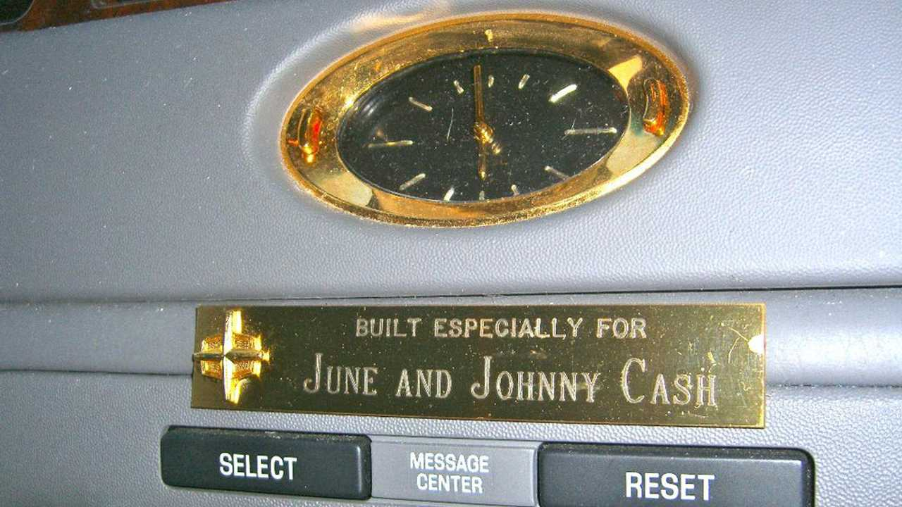 Buy Johnny Cash's 2001 Lincoln Town Car