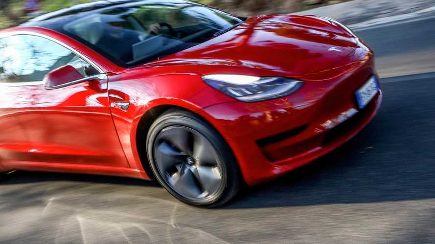 Un'auto su 5 venduta in Ue è elettrica o plug-in: la top ten di agosto