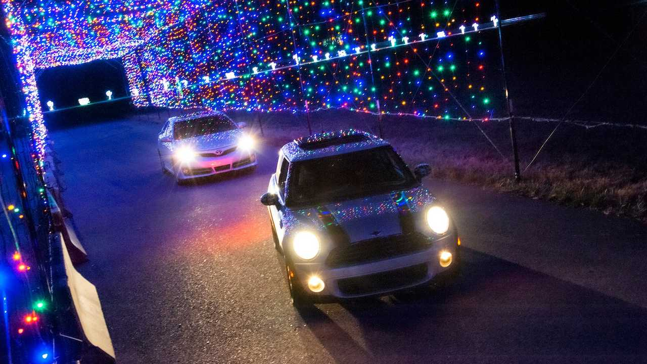 Corvette Race Track Goes Full Christmas With One Million Lights