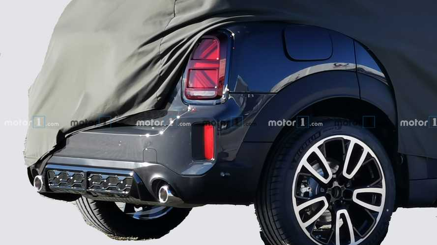 2021 Mini Countryman facelift spy photos