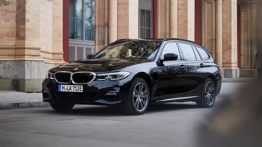 BMW expands 330e PHEV lineup with Touring and AWD versions