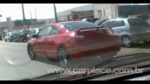 Será que vem? Leitor flagra Honda New Civic Coupé rodando em São Paulo
