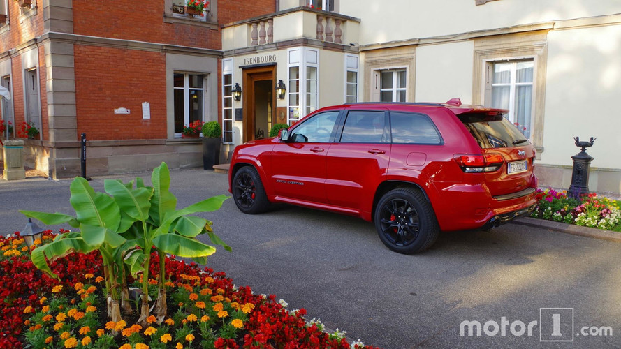Jeep Grand Cherokee SRT Road Trip
