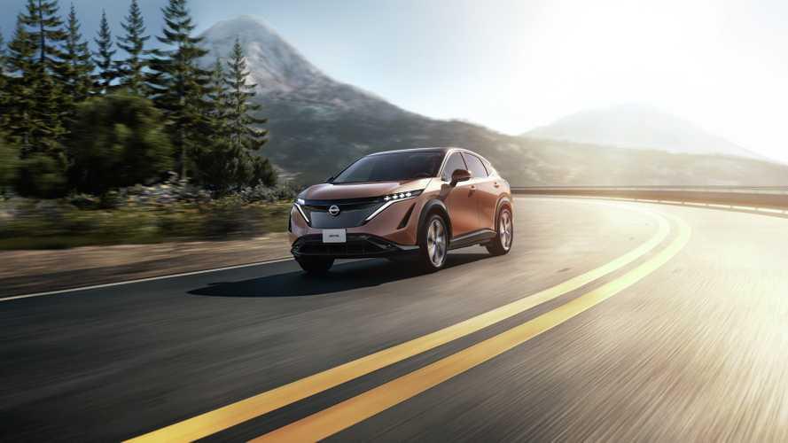 Nissan Ariya, ultimi test su strada per il SUV elettrico
