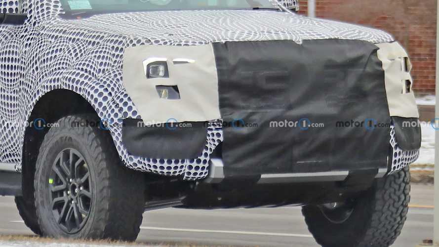 Yeni Ford Ranger Raptor, arazi testlerinde yakalandı