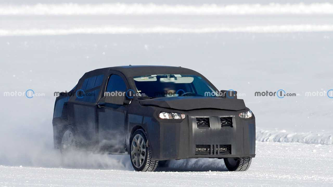 Spy shot of possible Fiat Tipo