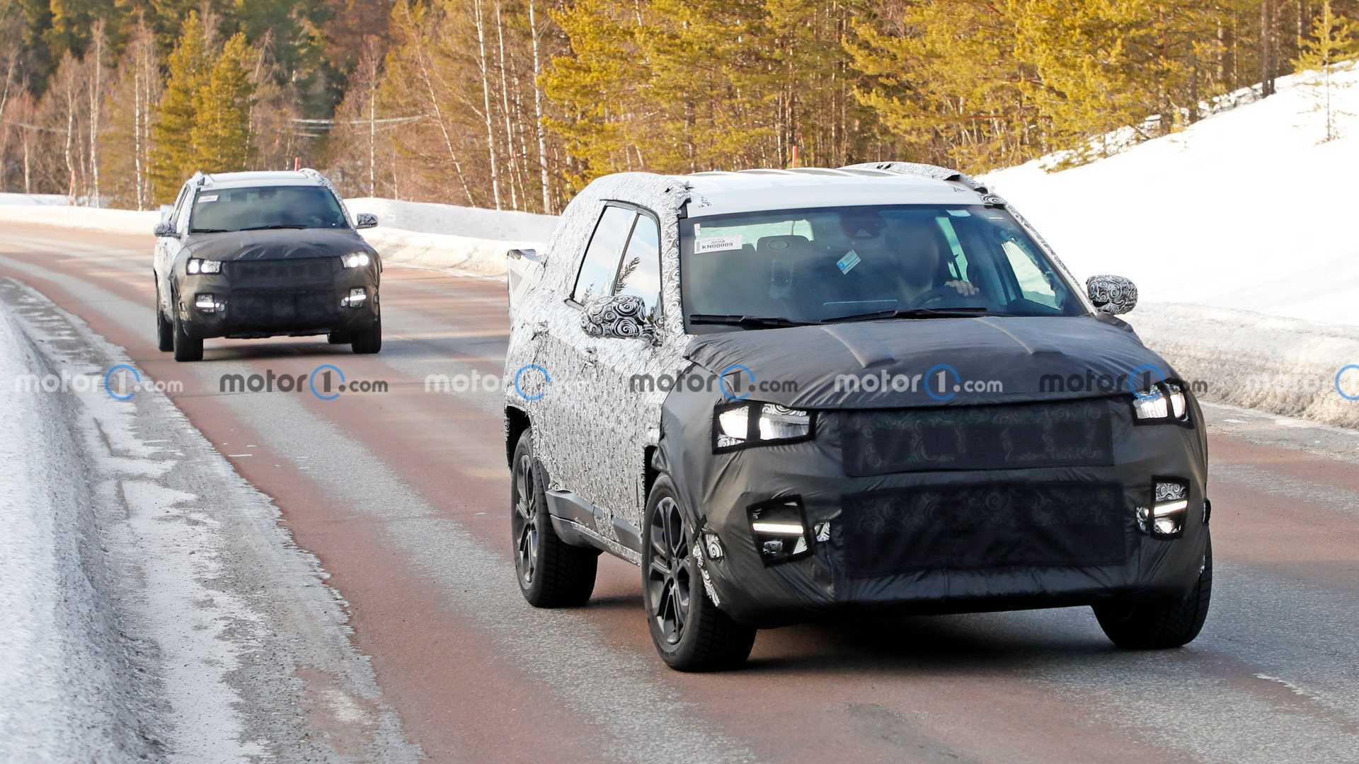 Jeep Compass Three-Row SUV Front Spy Photo