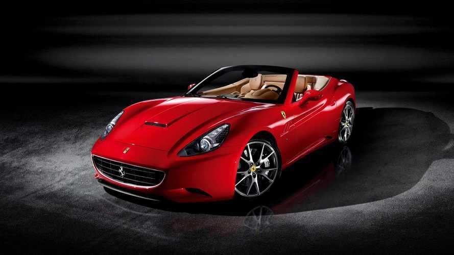 L'acteur Hugh Grant se sépare de sa Ferrari California