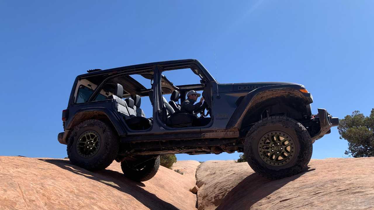 Хардкорный Jeep Wrangler Xtreme Recon