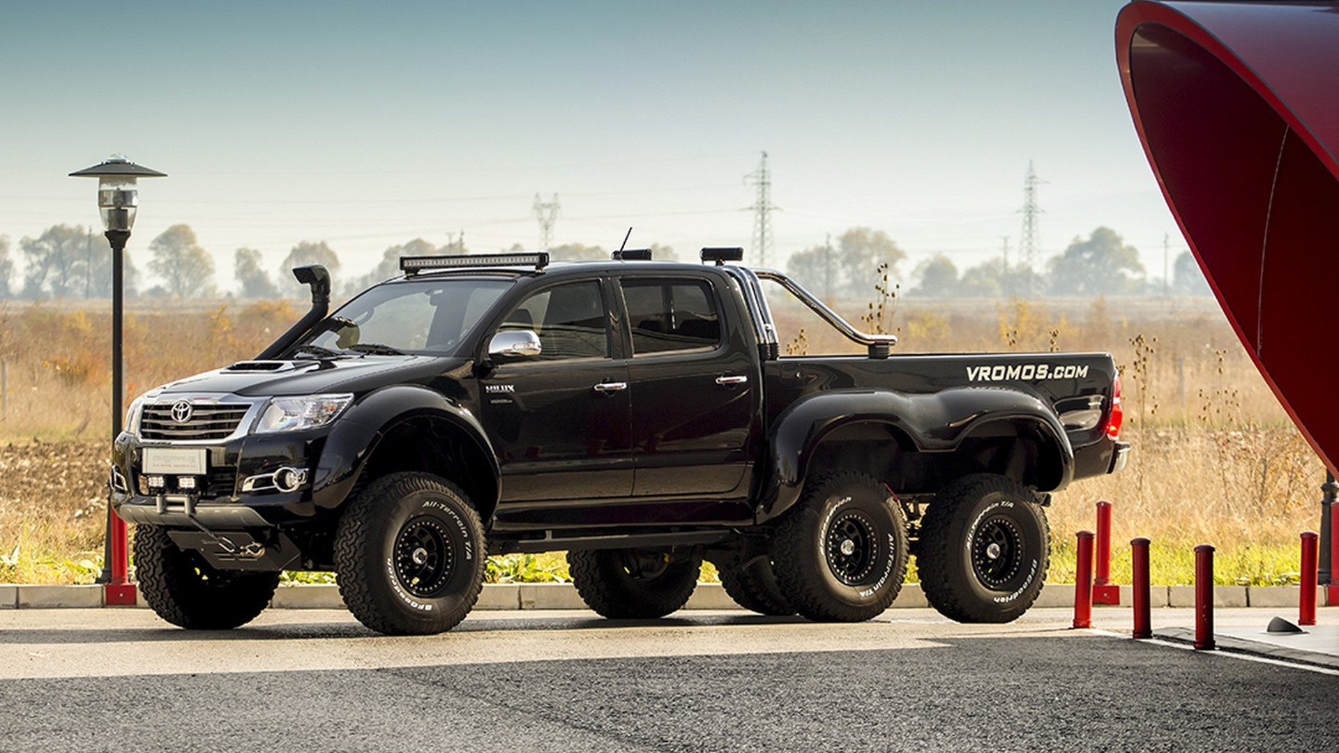 Toyota Hilux 6x6 Interior Customized By Overdrive Motor1 Com Photos