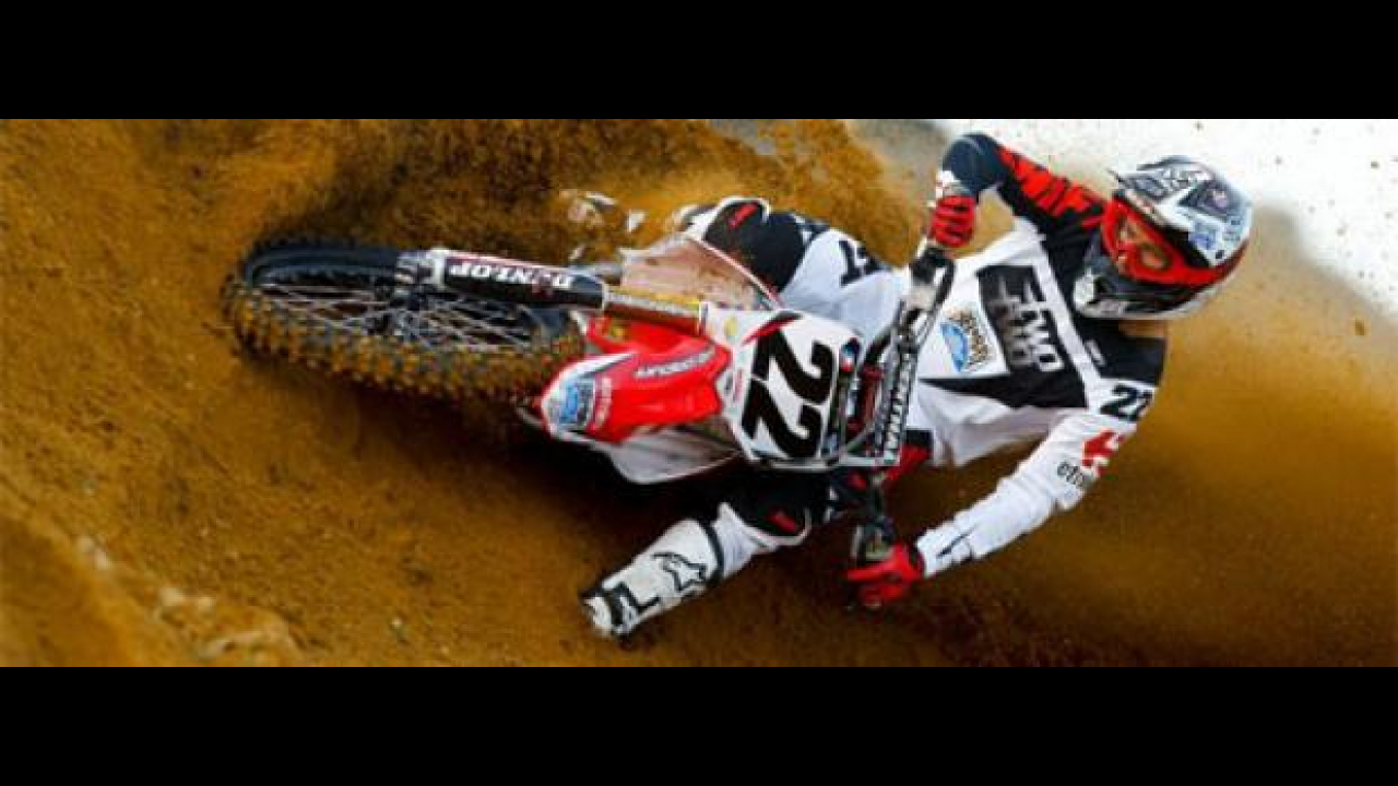 AMA Supercross 2011: a San Diego trionfa Chad Reed