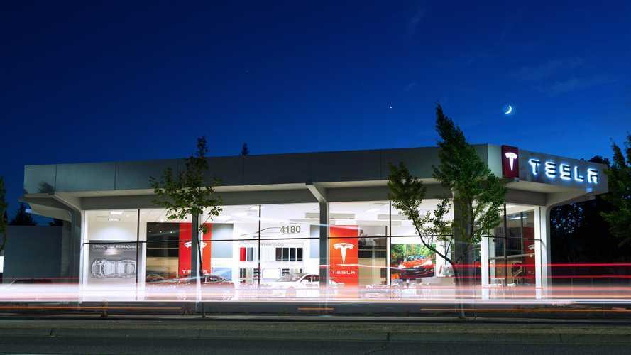 Tesla открыла шоурум в Польше, на очереди Румыния и Индия