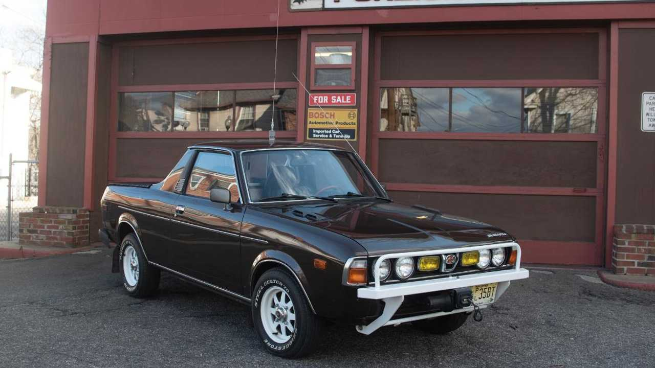Low mileage 1976 Subaru Brat sells for high dollar price