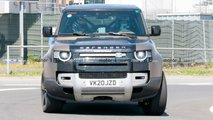 Land Rover Defender V8 Spy Photos